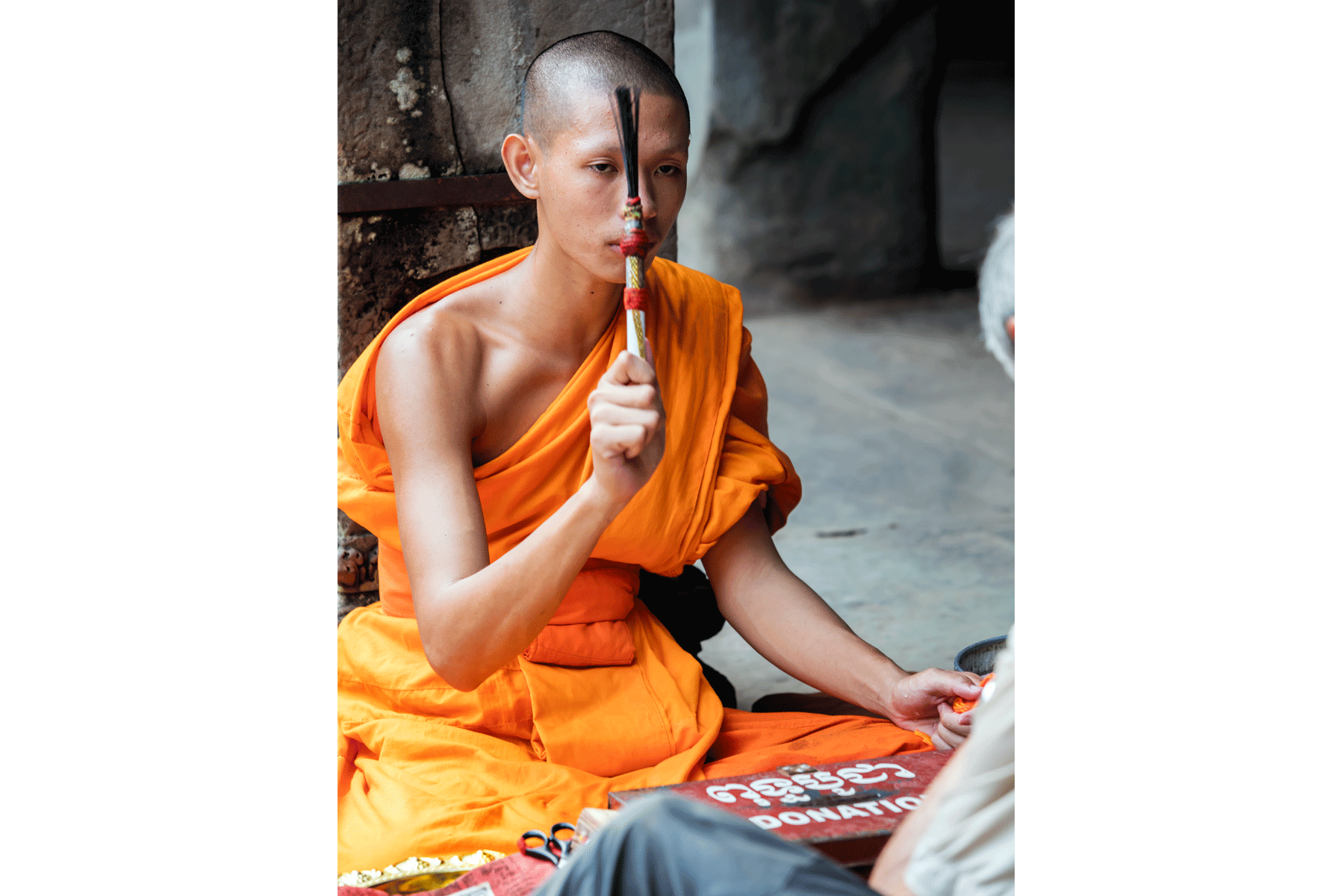 angkor-archeological-site-monk-ceremony