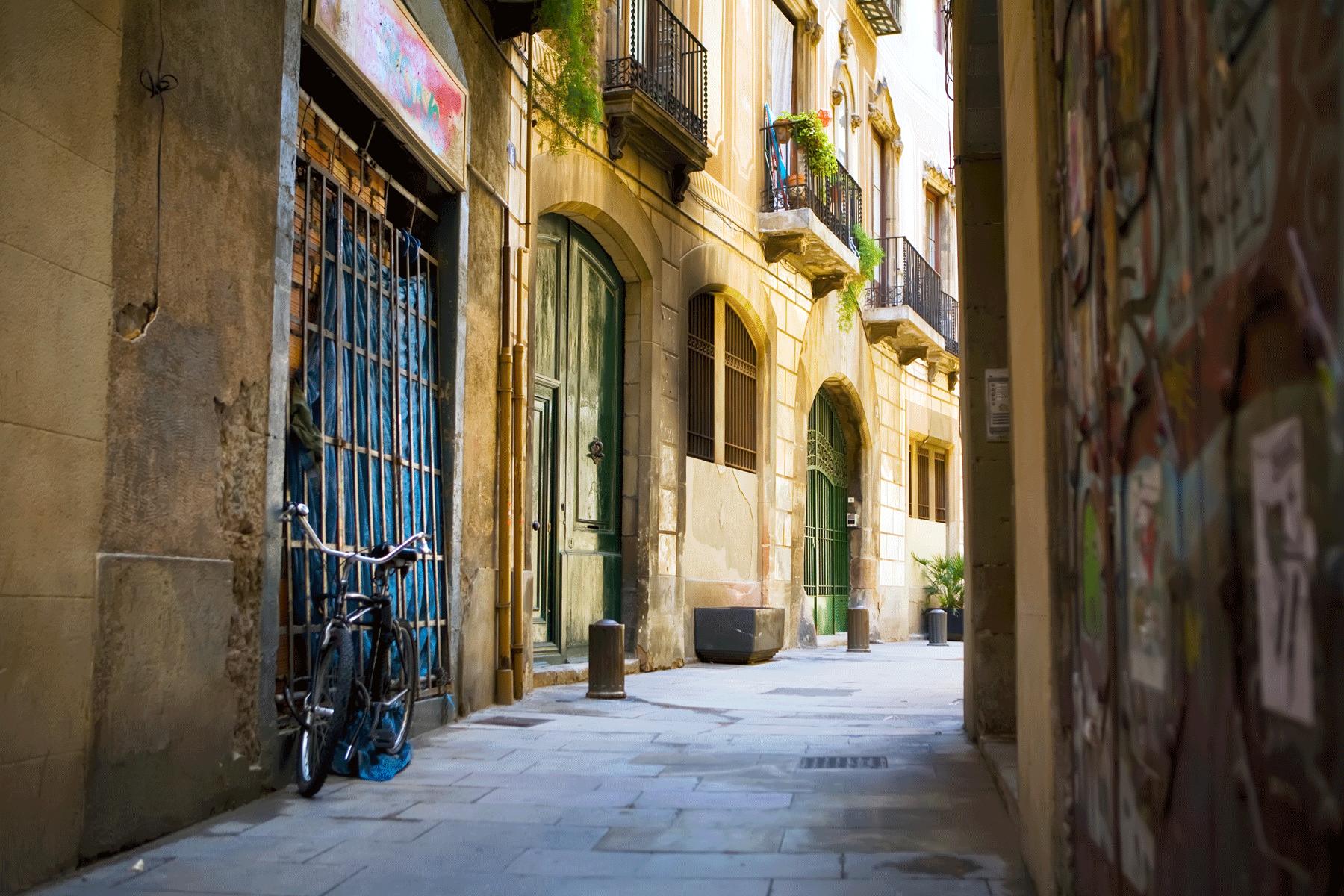 bicycle-gothic-quarter-barcelona