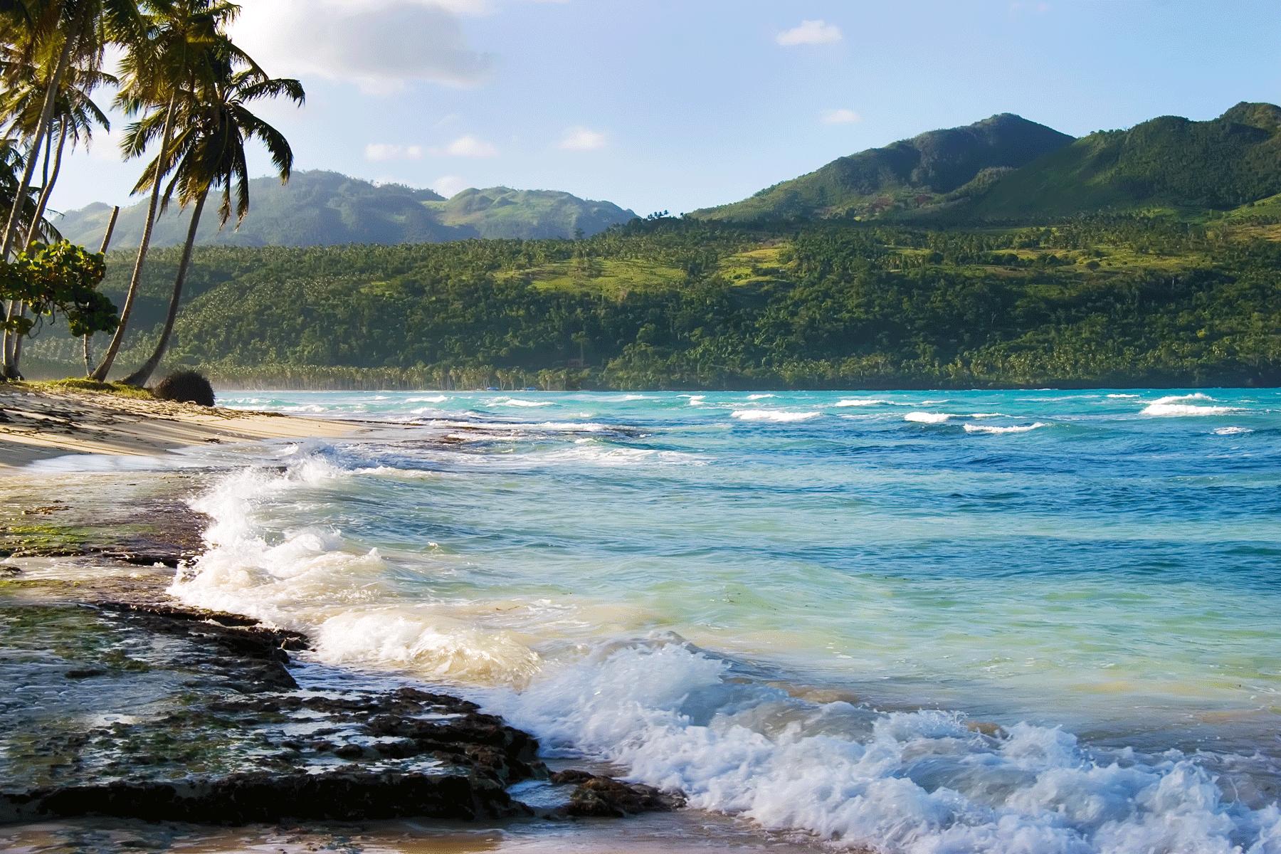 playa-las-galeras-samana-peninsula-dominican-republic